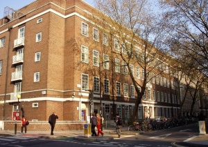 University_of_London_Union,_Malet_Street,_London-22April2008