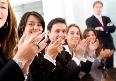 Du học Singapore ngành quản trị kinh doanh tại đại học London