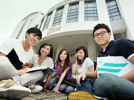 Học bổng 100% bậc Cao đẳng, Cử nhân tại Học viện SIM